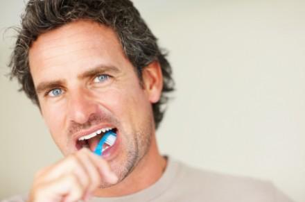 Mens-Health-Oral-Hygiene-e1329926256888